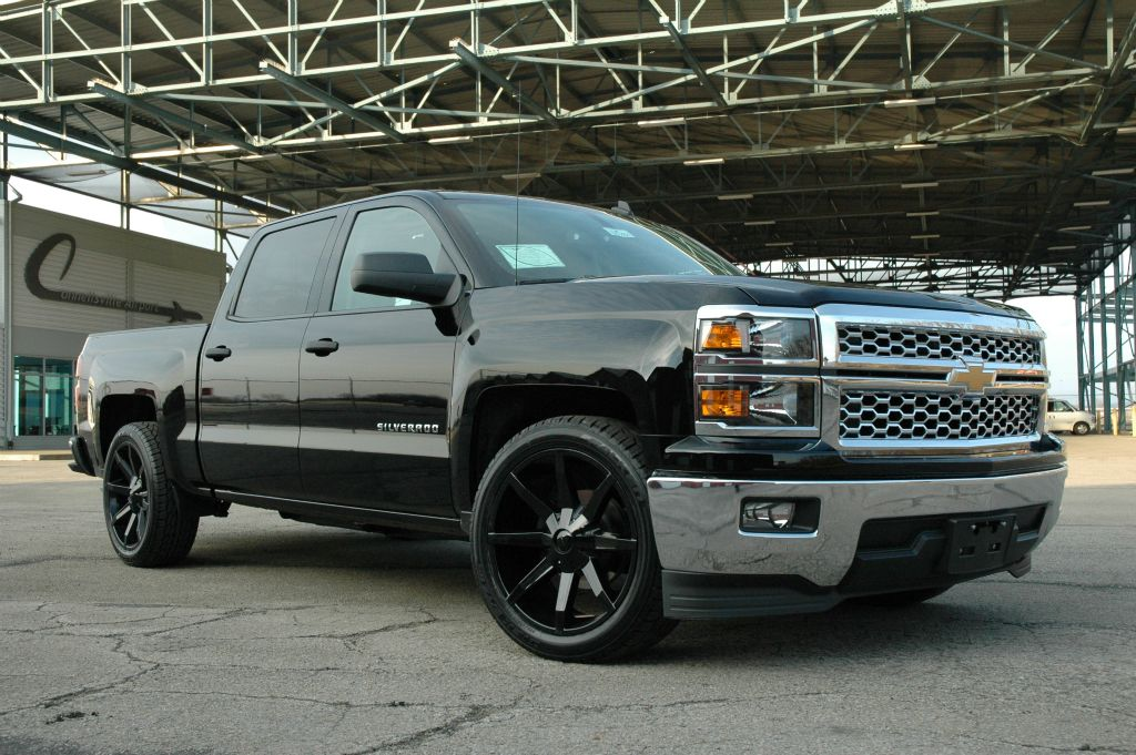 20 Inch OEM Chevy 6 Lug Polished aluminum Center Cap